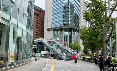 東梅田駅からのアクセス
