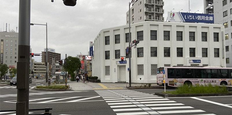 一宮駅(名鉄)、尾張一宮駅(JR)からのアクセス
